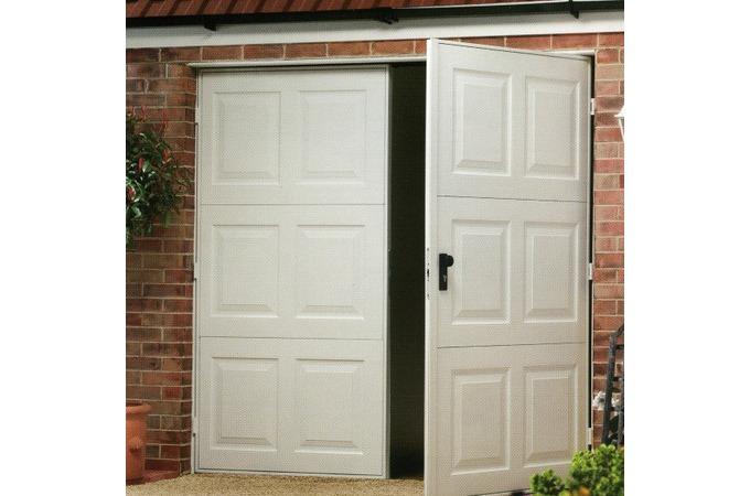 Garage doors in shrewsbury local garage doors companies for Local door companies